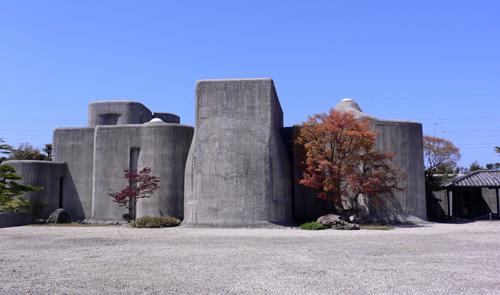 翡翠の谷村美術館