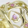 ピンクサファイヤとメレダイヤの幅広透かし模様オーダーメイドリング
