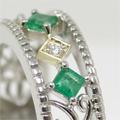 お母様から譲られたエメラルドリングをお嬢様の婚約指輪にリフォーム