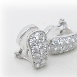パヴェダイヤの痛くないイヤリングのイメージ