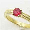 レッドベリルのルース持ち込み、当店オリジナルのリング枠で指輪制作