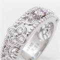 小さいピンクダイヤモンドの指輪、リングデザイン